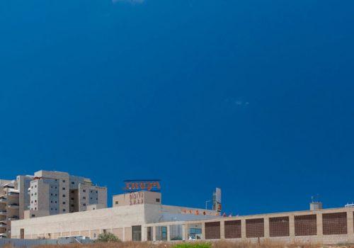 מרכז מסחרי ויקטורי3